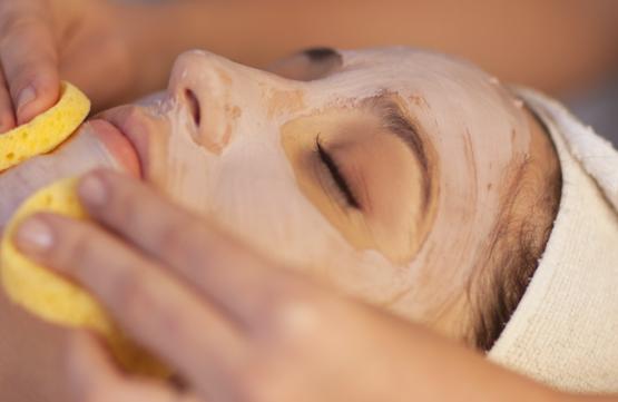 40mins Eye Treatments ( up to 2 Choices) at Skin Retreat