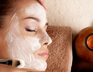 Hydrating or Purifying Spa Facial with Eye Mask for 1 Person at Spa Jelita
