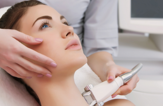 Lymphatic Detox for Eyes, Face, Neck and Shoulder Therapy (45mins) at GlowCouture