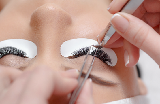 Japanese Eyelash Perm + Eye Bag / Dark Eye Circle Treatment for 1 Person (3 Sessions) at Skinn Ang Mo Kio