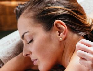 60 Minutes Full Body Massage for 1 Person at Skinn Ang Mo Kio
