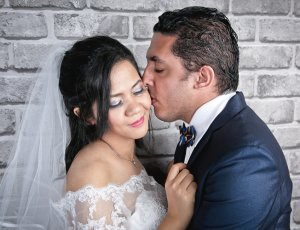 2-Hours Pre-Wedding Studio Photoshoot