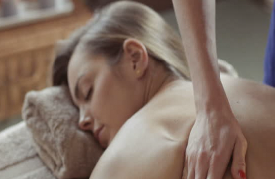 1-Hour Full Body Massage for 1 Person (3 Sessions) at Skinn