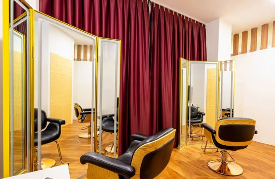 Keratin Treatment at Ravissant Hair Studio