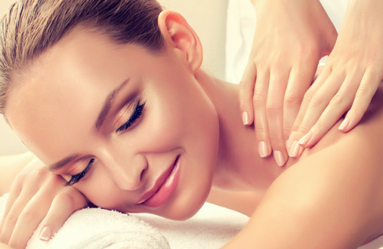 Full Body Massage for 1 Person at Spa Jelita