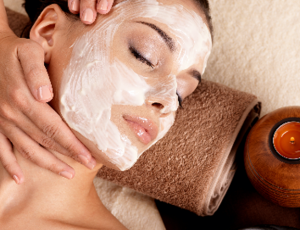 1.5-Hour Pure Oxygen Deep Cleansing Facial for 1 Person (1 Session) at Glow Couture