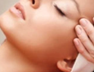 Hydro-Max Facial Treatment for 1 Person at Skin Retreat